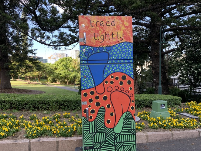 Bowen Park Brisbane, Bowen Park, Brisbane, Royal National Association Showgrounds, Rna, Acclimatization Society Gardens, Fig, Hoop pines, Edges, Trees, Flowers bed, Roses, Frangipani, Roses, White roses, Fluffy Purple flowers in bloom, Beautiful, beauty, bloom, colour, colourful, flowers, flowering, gardens, nature, bee, bees, peaceful, yellow, red, tranquil, Bandstand, toilet, Fig Tree,