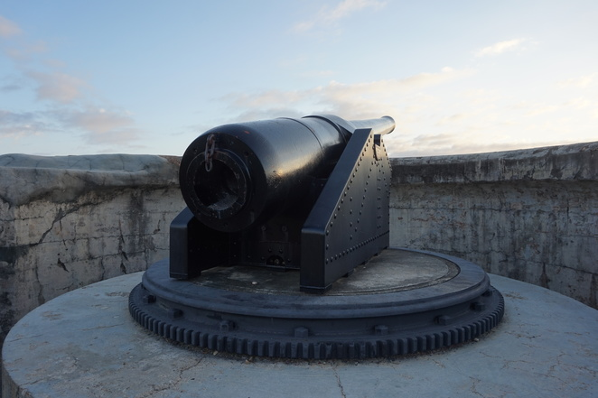 Canon at Kissing Point