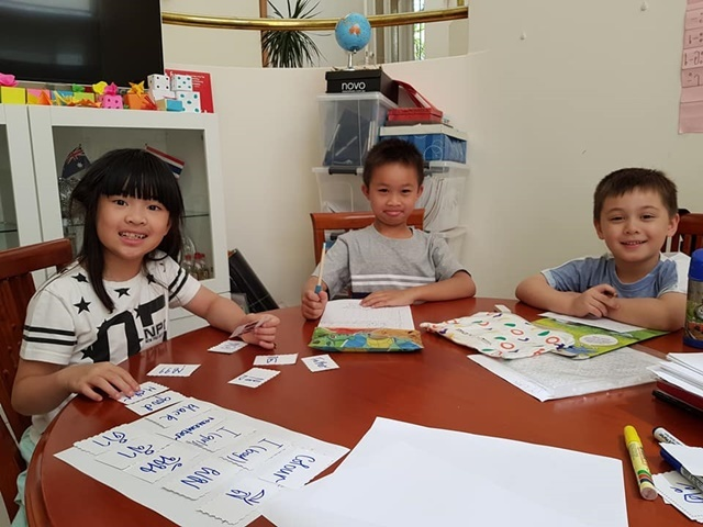 Children,learning,Thai