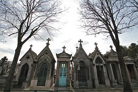 darker tours of paris, dark tourism, graveyards of paris, robert palmer, jim morrison, pere la chaise cemetery, things to do in paris