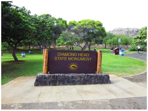 Diamond Head State Monument, Diamond head crater, tuff cone, volcanic crater, Hawaii, Honolulu, Waikiki