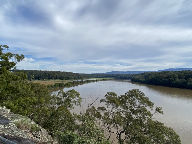 Hanging Rock Lookout Nowra Shoalhaven River