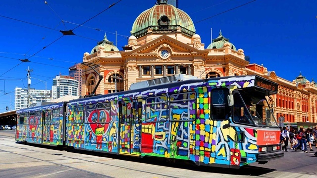 Melbourne,painted,tram