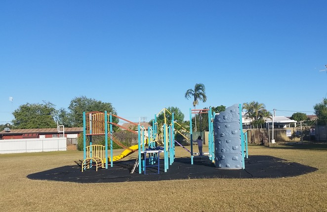 Mount Isa, playground, children play area, free, Erap St playground Mt Isa