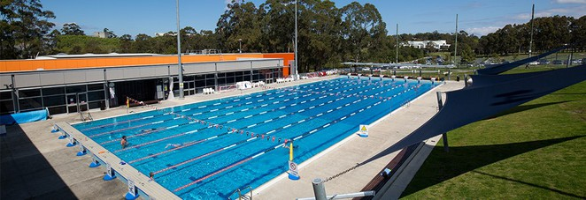 Discover sydney 39 s olympic swimming pools sydney for Macquarie university swimming pool