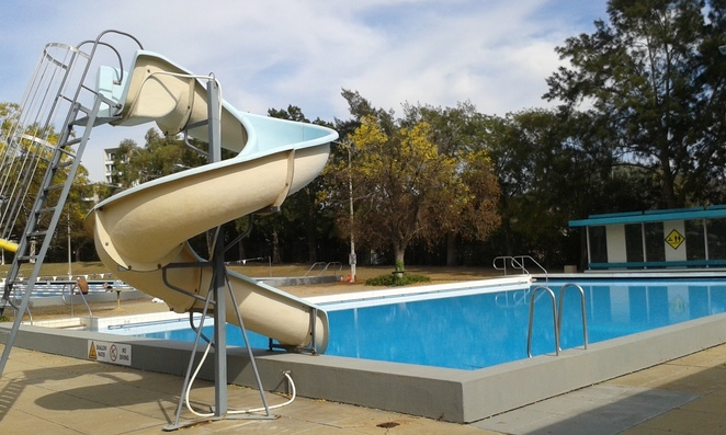 Phillip swimming pool, woden, canberra, swimming pools, waterslide, laps, ACT, canberra, woden