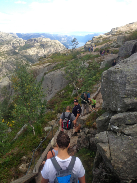 preikestolen,norway,rock,hike,cliff,high,beauty,nature,fitness,greenery,walk, tourists, stavanger