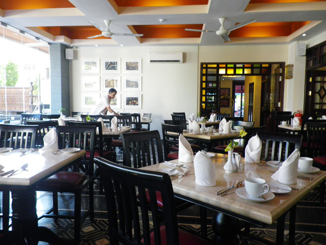 the cinnamon hotel penaga penang breakfast