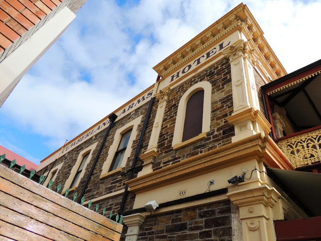 walks in the, in adelaide, australian history, about adelaide city, walking trails, the history of adelaide, guide to adelaide, cumberland arms