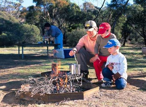 best family camping sa,best family campsites sa,family camping sa,top 5 family camping sa,top 5 family campsites sa,Mount Remarkable camping,Innes camping,Kangaroo Island camping,Murray River camping,Lincoln camping
