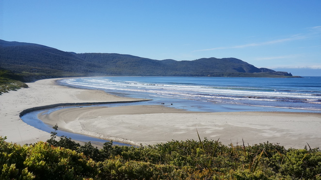 bruny island, cloud corner, tasmania, camping, blue, skies, beach, sand