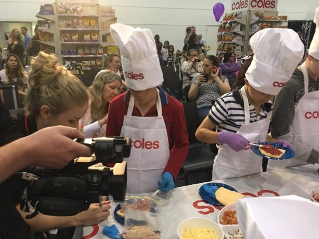 Coles,cooking,stage