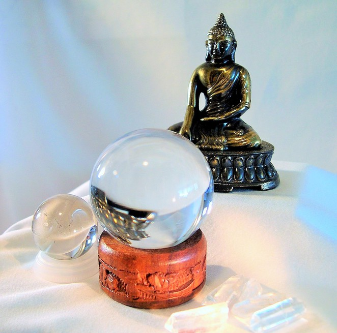 crystal ball, fortune teller, melbourne psychic expo, psychic expo, clairvoyant, medium, reiki, natural healing, psychic, tarot,