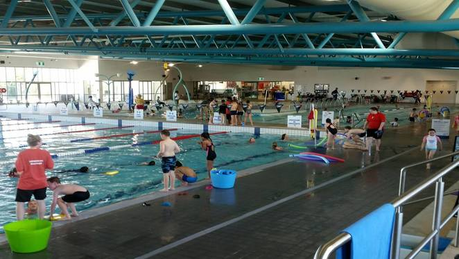 gungahlin leisure centre, canberra, ACT, swimming pools, indoor pools, ACT, swimming lessons, toddler pools,