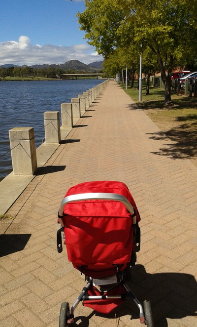 lake tuggeranong circuit, lake tuggeranong, exercise, lake, playgrounds, parks, walks, runs, ACT, canberra, tuggeranong, tuggeranong park,