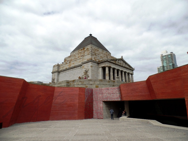 shrine of remembrance exterior