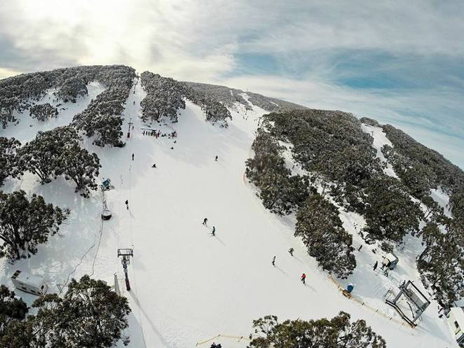 snowfields vic,snow fields victoria,where to go for snow in melbourne,victorian snowfields,victorian snow season,where to go to see snow in australia,where to go to see snow in victoria,skiing in Victoria,skiing holidays,snow holidays,mt baw baw