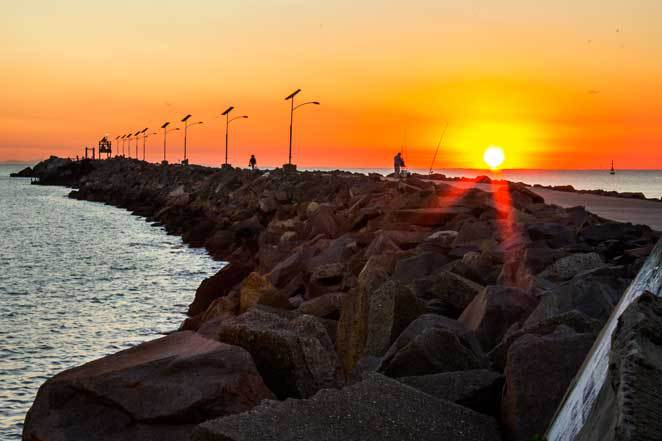 Sun rise, Breakwall, Newcastle, Stockton, Harbour,rock walls