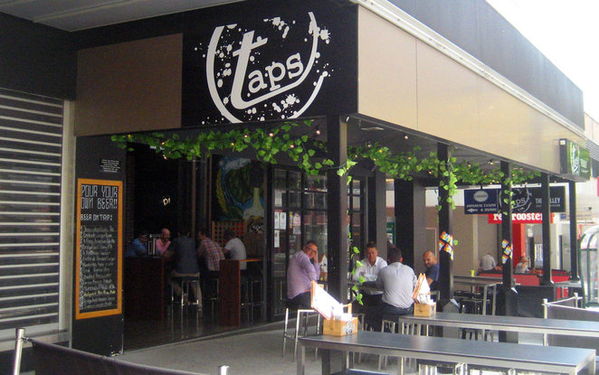 Taps bar in Fortitude Valley