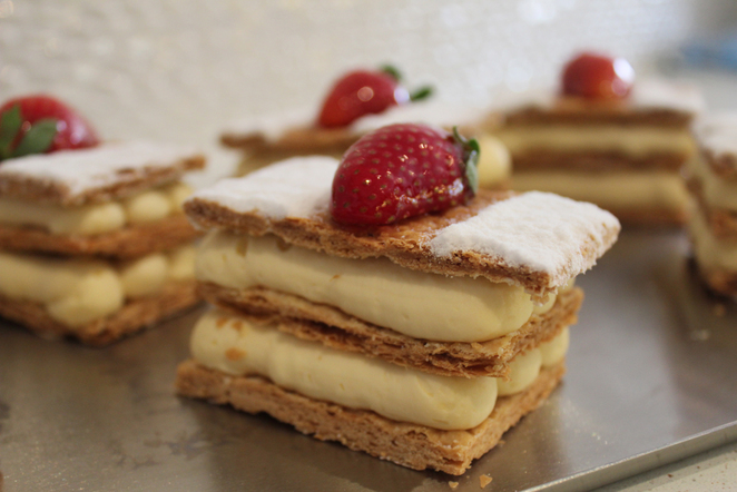 vanilla slice, mille feuille, patisserie, dolce classico, cakes, walkerville cafes