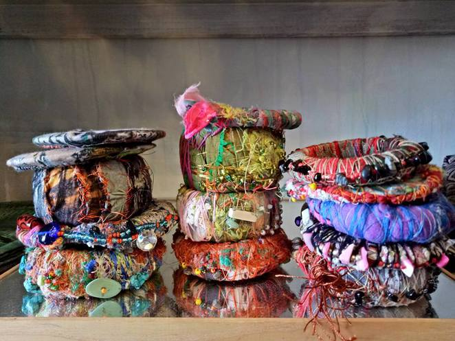 cloth, textiles, fabric, artist, bespoke, clothing, handmade bags, acessories, jewellery, hesse st, queenscliff, melbourne artist, dyed fabric, hand stitching