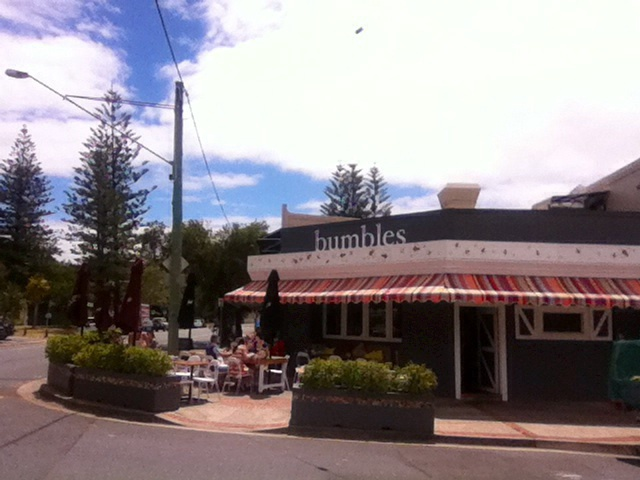 Coffee, cafés, cafés on the Gold Coast, breakfast, lunch, restaurant, coffee lovers, mermaid beach
