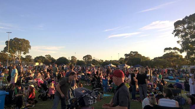free outdoor movies in Adelaide, free outdoor movies, free outdoor cinema, fun things to do, fun for kids, free movies, free screening, marion cultural centre, civic park, flicks at the flat