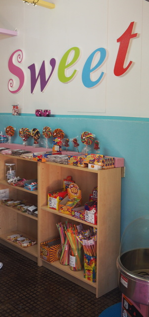 lollies, lolly, candy, sweets, Dayboro Lolly shop