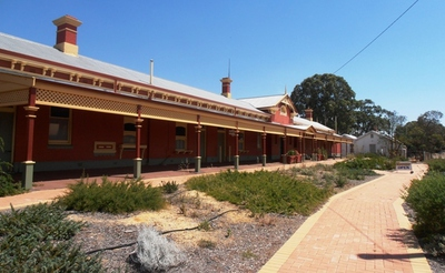During the gold-rushes of the late nineteenth and early twentieth centuries, thousands of prospectors departed for the goldfields from the old Northam Railway Station.