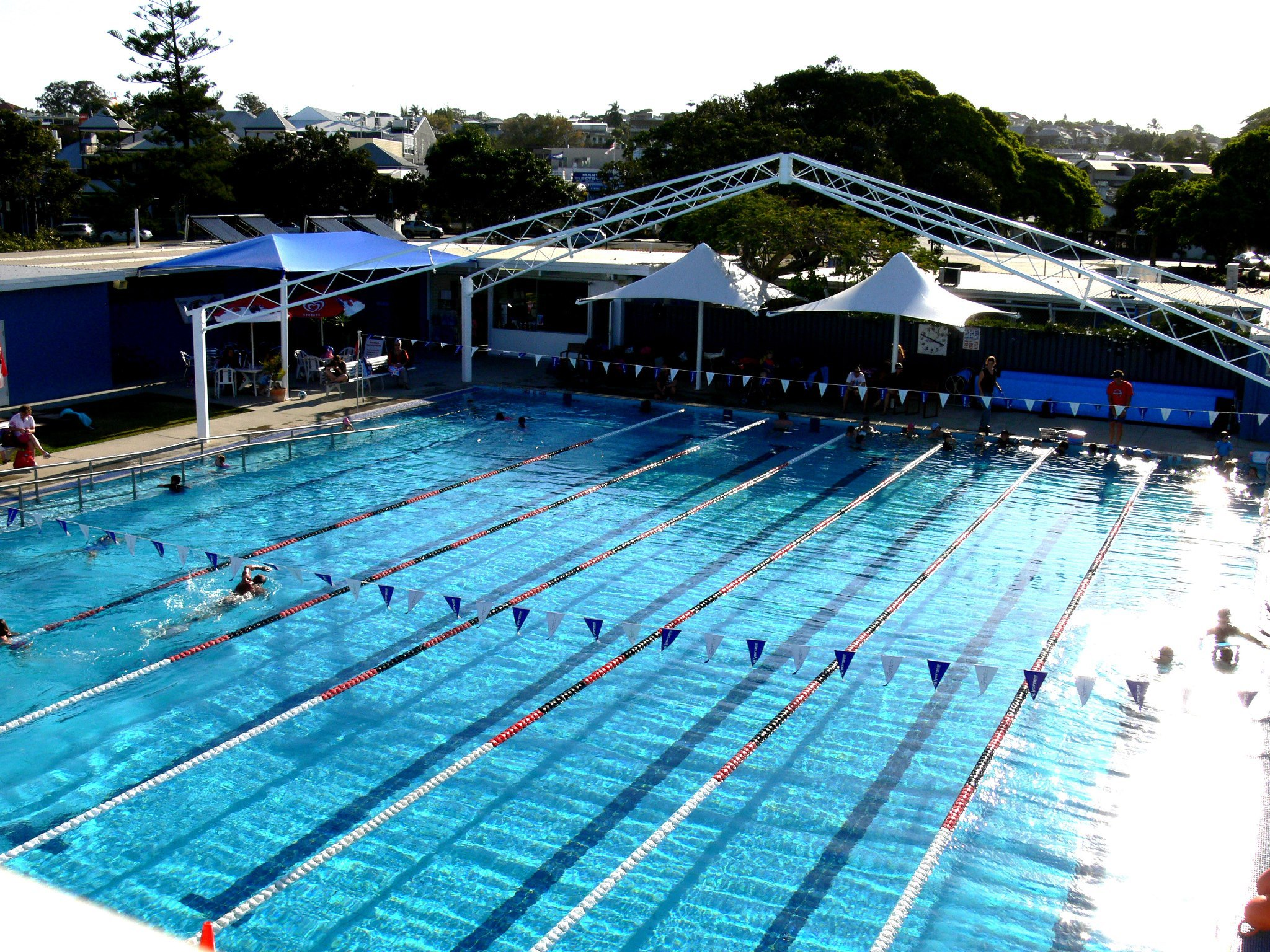 8 great swimming pools in brisbane brisbane