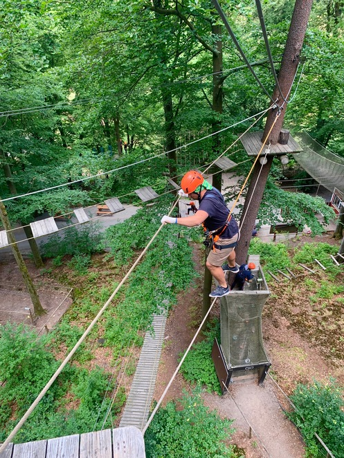 Adventure, Flying Fox, Party Ideas, Family fun, kids climbing, kids obstacle course, 7m above the ground, Frankfurt, what to do in Frankfurt, climbing, hang in there
