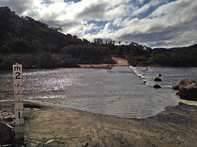 angle crossing, canberra, river swimming, picnic area, 4WD, swimming, kayaks, platypus, 4WD roads,