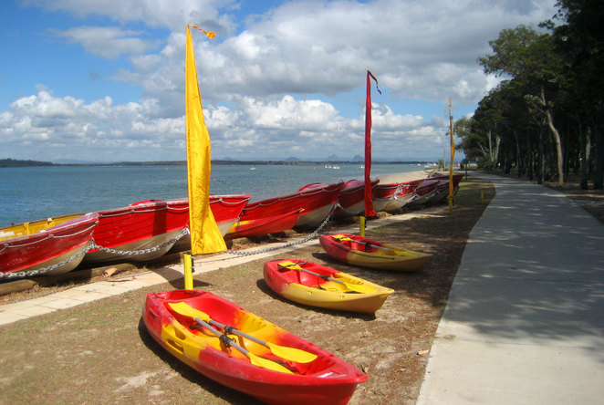 You can find boat and kayak hire businesses on the Pumicestone Passage Shore at Bongaree