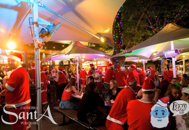 canberra santa pub crawl 2015, canberra, pubs, clubs, nightclubs, nightlife, dress up nights, nightclubs, december events, christmas in canberra,