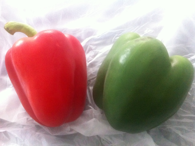 capsicum, peppers, red, green, vegetable, salad, food, grow, produce, fresh