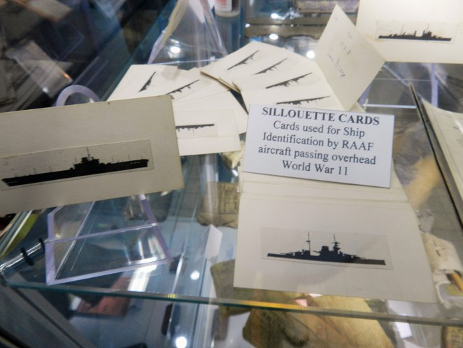 cards, silhouette, avaition, RAAF, museum, Townsville