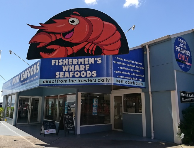 fishermans wharf seafoods, seafood shops in nelson bay, port stephens, fresh fish, prawns, off trawler, local catch, teramby road, nelson bay wharf, best fish in nelson bay, fresh fish, bubs fish and chips, harbour bay cafe, seafood restaurants, oyters, fresh oysters, sydney rock oysters, crabs, lobster,