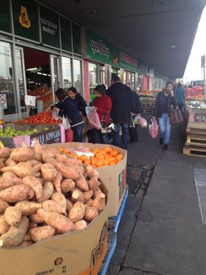 Footscray Market Entrance