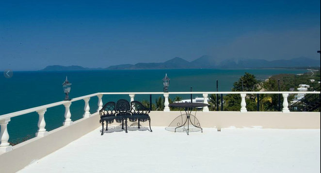 luxury B&B with view Cairns