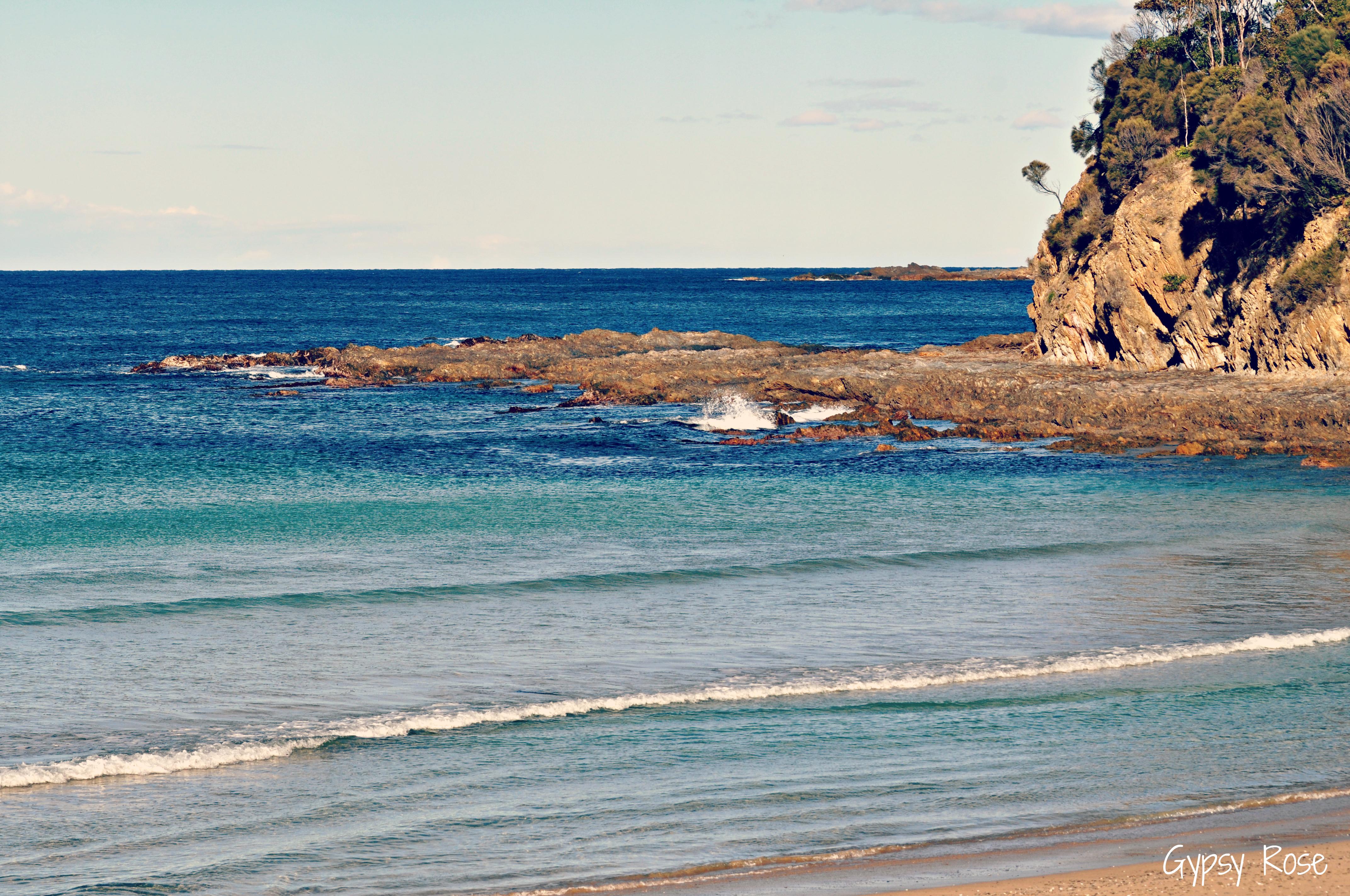 McKenzies Beach: Snorkellers' Haven - Batemans Bay