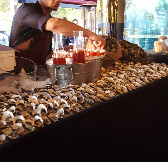 oyster, bar, night life, functions