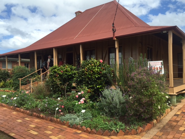 Pioneer Cottage, 1882, Heritage Listed, museum, open to the public, treasure trove of items from the era