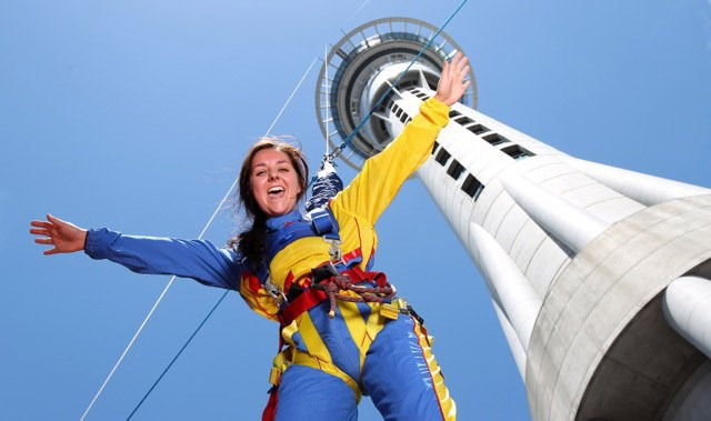 Sky Tower jumping