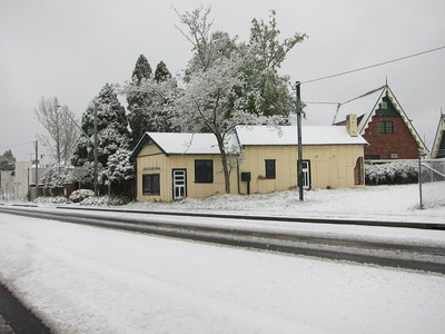 spring snow in the Blue Mountains