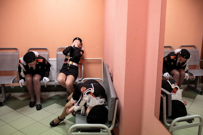 Students laugh backstage before a singing and marching competition, Sarah Blesener, World Press Photo 2019, World Press Photo Exhibition Sydney, State Library NSW Photography Exhibition, review by Jade Jackson