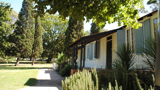 Government House and La Trobe's Cottage Combined Group Tours