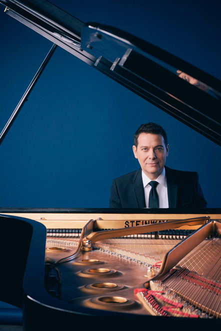Adelaide Cabaret Festival 2017, Michael Feinstein, Frank Sinatra and Friends, Sinatra, vintage, songs, music, theatre, Adelaide, SA, Adelaide events, winter, winter events, June, Festival Centre, Her Majesty's Theatre, big band, Adelaide city, CBD, Grote street, American music, 1950s, classics