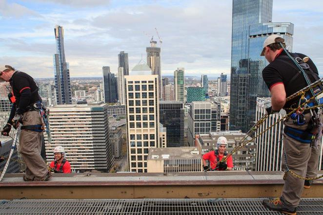 altitude shift abseil anglicare bucketlist adventure foster kids fundraiser