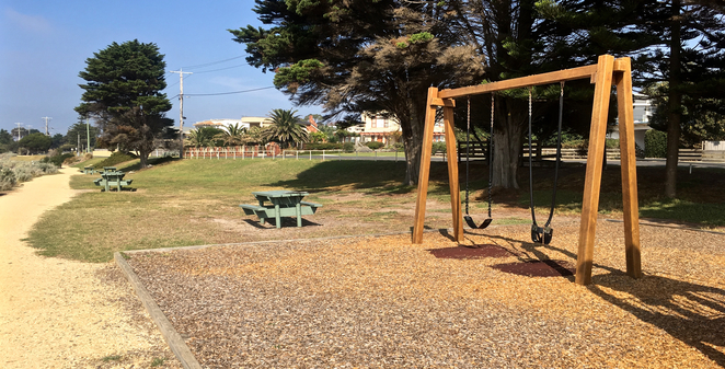 Anderson Reserve, Indented Head, Camping, Bellarine Peninsula, Geelong, holiday Parks, Where to camp, playground, picnic spot, ozone shipwreck, beaches, walking track, picnic table, seating,