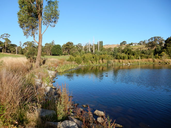 Aranmore, Lake, Crawley Road, Narre Warren North